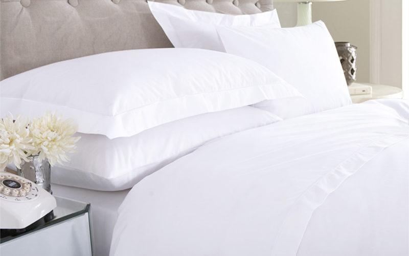 Federa 3 volani e lenzuola di cotone bianco Eurotex prodotto