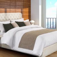 Bed runner antimacchia idrorepellente e cuscini arredo bicolore grigio chiaro eurotex prodotto