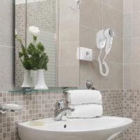 Asciugacapelli phon bianco elettrico da parete bagno eurotex